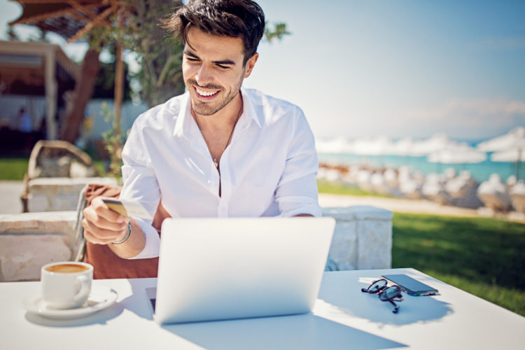 How Credit Card Perks Can Help Grow Your Business This Summer
