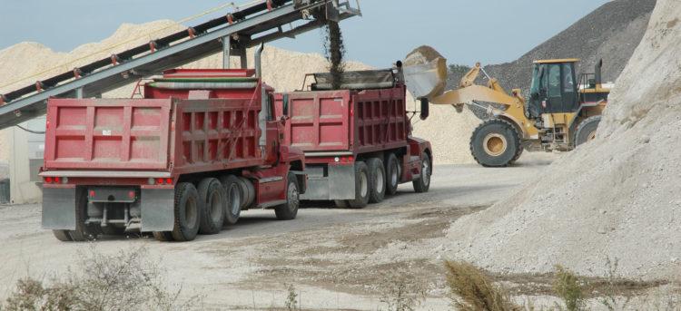 Top Dump Truck Financing Options in 2020